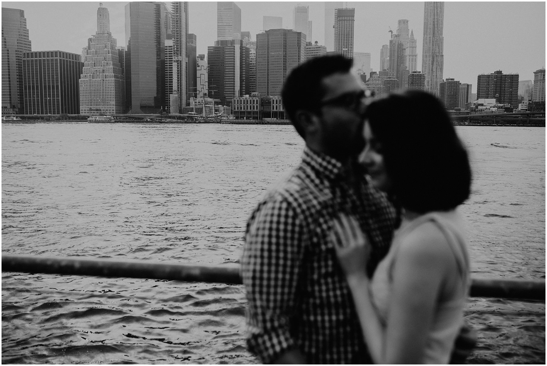 Manhatten Couple shooting NYC Michele Schiermann wedding photographer